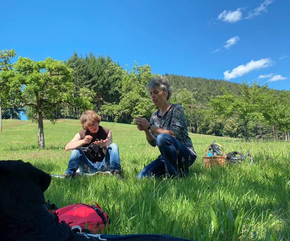 Unsere märchenhafte Kräuterwanderung mit Agnes Vogt